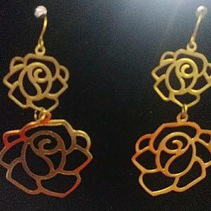 Beautifully made earring